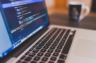システム開発及びホームページ制作事業